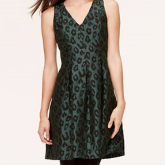 LOFT Dresses & Skirts - LOFT green jacquard leopard print dress